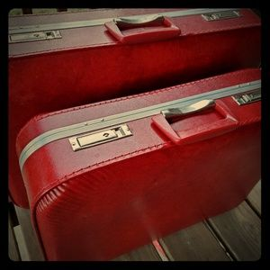 2 Vintage Matching Suitcases